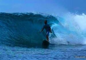 Hes making it look easy Maldives sunnysideoflife bluehorizonmaldives surf waveshellip