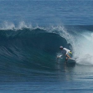 No crowd clearlineup south huvadhoo maldives surf malediven pumping waveshellip